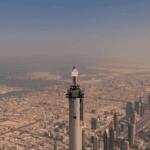 Стюардесса на вершине Бурдж-Халифа